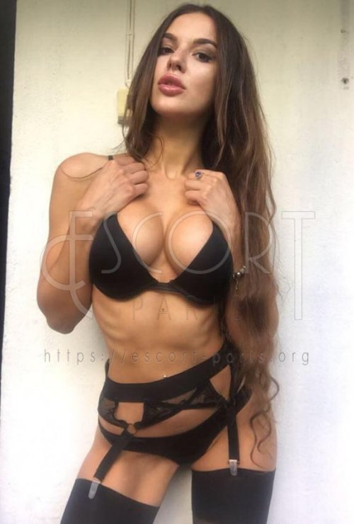 Alice escort Brown haired Russian girl with Slender body