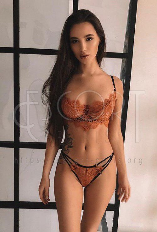 vip escort paris, Dark haired escort Paris, Paris Escort Model, high class escorts paris, deluxe escorts paris, blonde GFE paris