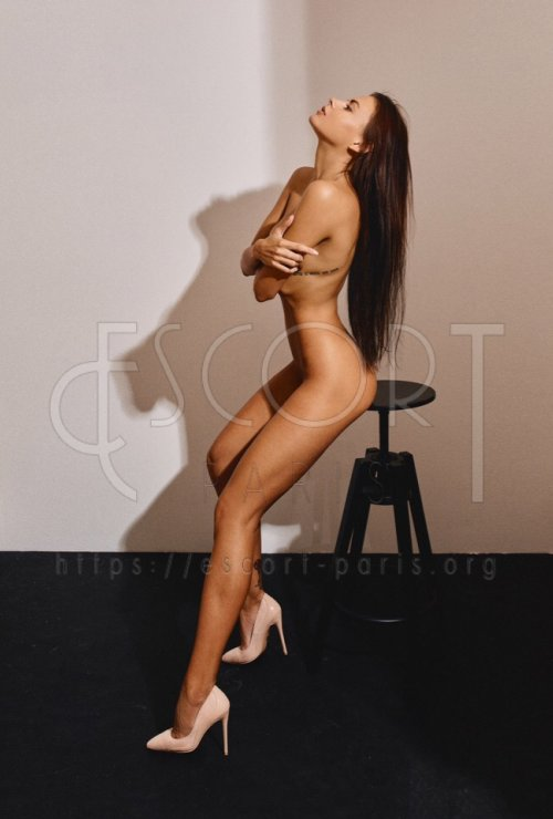 Olga escort Brown haired Russian girl with Slim body