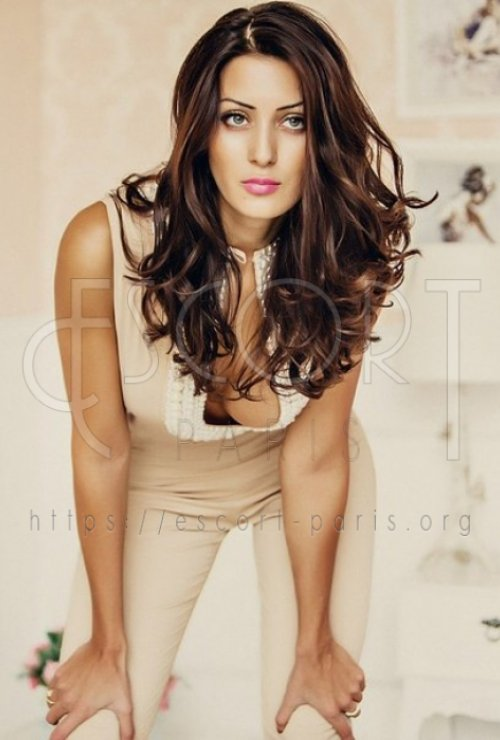 Alexandra escort Brown haired Baltic girl with Slender body