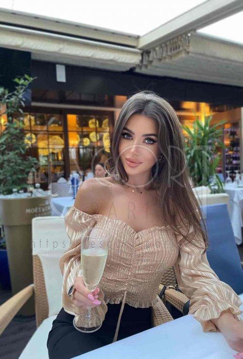 paris model escorts, vip paris escorts, travel escorts Paris, luxury paris escort, vip escorts paris